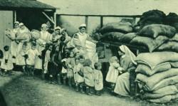 Air_Raid_rehearsal_1918 children and nurses