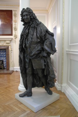 roubillac statue,indoors
